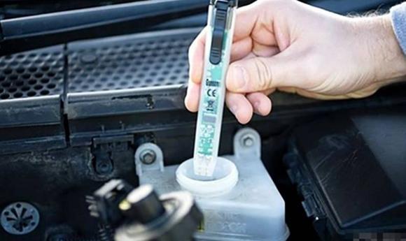 【刹车油没异常就不用换?_汽车新闻】-易车网_勤和