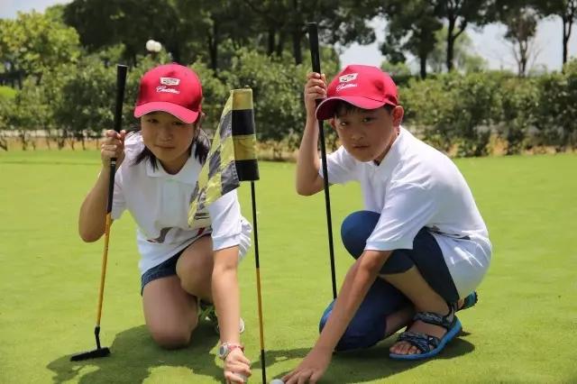 凯迪拉克风范夏令营高尔夫专场跟踪报道